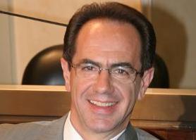 Santochirico è il nuovo presidente del Consiglio regionale